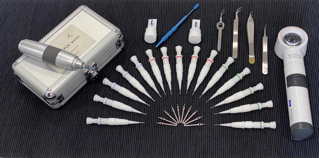 Material cirugía capilar